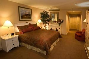 The Galatyn Lodge: Intimate Luxury